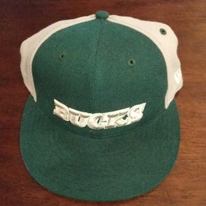 Milwaukee Bucks Fitted Hat